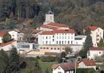 Hôtel Les Salles - Village Vacances Là O-2