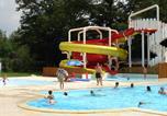 Camping avec Parc aquatique / toboggans Murol - Camping L'Echo du Malpas-1