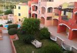 Location vacances Santa Teresa Gallura - One-Bedroom Apartment Residence La Reggia Di Nausicaa-1