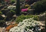 Location vacances Etyek - Spacious Guesthouse with Award-Winning Garden-1