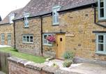Location vacances Weedon Bec - Apple Cottage Bed and Breakfast-2