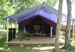 Camping  Acceptant les animaux Bougé-Chambalud - Flower Camping Lac du Marandan-2