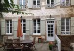Hôtel Genouillac - Maison Sur La Collinne-1