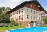 Location vacances Zandt - Apartment Arber-1