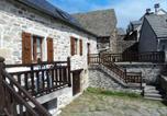 Location vacances Aumont-Aubrac - Gite Combret-2