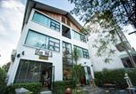 Hôtel Sri Phum - Give Me 5 Hostel-2