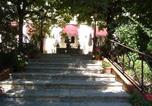 Hôtel Montjoire - La Villa Les Pins-3