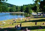 Camping en Bord de lac Saint-Rémy-sur-Durolle - Camping Les Chanterelles-1