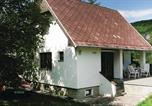 Location vacances Beroun - Holiday Home Nizbor with Fireplace 06-1
