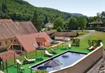 Location vacances Les Eyzies-de-Tayac-Sireuil - Apartment Les Eyzies de Tayac 82 with Outdoor Swimmingpool-4