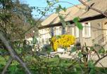 Location vacances Fleurieux-sur-l'Arbresle - Les Communs du Manoir-3
