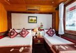Location vacances Hạ Long - Cozy Bay Private Cruise-2