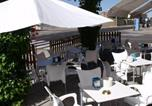 Location vacances Quintana del Castillo - Hostal Salones Victoria-2