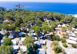 Camping avec Accès direct plage Vallauris - Campéole Le Dramont-3