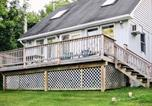 Location vacances Cooperstown - Bayside Inn & Marina -Three Bedroom Cottage I-2