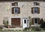 Location vacances Bédeilhac-et-Aynat - Three-Bedroom Holiday Home in Saint Martin Le Caralp-1