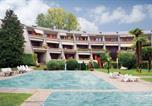 Location vacances Desenzano del Garda - Apartment Desenzano del Garda 65 with Outdoor Swimmingpool-1