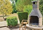 Location vacances Lachaise - Holiday home Baignes-St.-Radegonde with a Fireplace 389-2