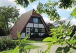 Location vacances Elmshorn - Ferienhaus Winnetou im Feriendorf-4