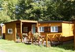 Camping avec Site nature Murol - Camping L'Ombrage-4