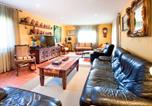 Location vacances Capmany - Holiday Home Can Bach-1