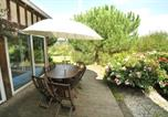 Location vacances Triqueville - Peter Rabbit House-3