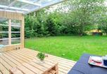 Location vacances Vemb - Two-Bedroom Holiday home in Ulfborg 1-4