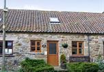 Location vacances Danby - Stable Cottage-2