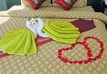 Hôtel Khanom - Nirvana Detox Healing Center Hotel