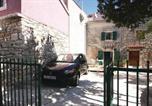 Location vacances Medulin - Holiday home Pula Premantura Selo-1