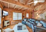 Location vacances Gatlinburg - Black Bear Hideaway - Three Bedroom Cottage-1