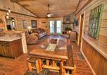Location vacances Hiawassee - Helen's Creekside Lodge-1