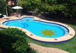 Location vacances Mata de São João - Suite em Apartamento Praia do Forte-1