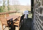 Location vacances Chamberet - Two-Bedroom Holiday home with Lake View in St Hiliaire L Courbes-2