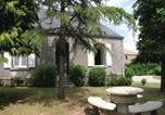 Location vacances La Chapelle-Hermier - Holiday Home Le Manoir-3