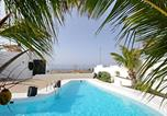 Location vacances La Asomada - Holiday home Los Llanitos Macher-1