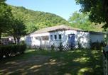 Camping en Bord de rivière Sainte-Sigolène - Camping et Hôtel Le Manoir-3