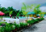 Location vacances Taiping - 5 Stone Cabin Chalet-2