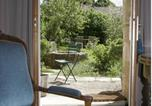 Location vacances Noyers - Côté-Serein la Suite du Clos-1