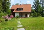 Location vacances Jíloviště - Red Riding Hood Cottage-1