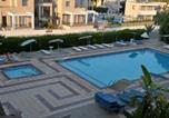 Hôtel Paralimni - Debbiexenia Hotel Apartments-2