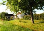 Location vacances Champvert - Holiday Home Les Petits Champs-1