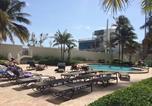 Location vacances Miramar - Oceanfront Apartment-3