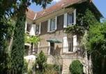 Location vacances Causse-et-Diège - Chambres d'hôtes Les Pratges-1