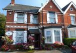 Location vacances Poole - South Rising Guest House-2