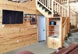 Location vacances Island Park - West Yellowstone Cabin-2
