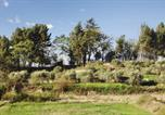 Location vacances Maubec - Villa Route d'Oppede le Vieux-1