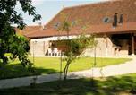 Location vacances Graye-et-Charnay - Les Chênes Cornus-1