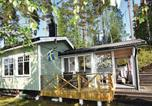 Location vacances Karlstad - Three-Bedroom Holiday Home in Forshaga-2