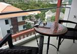 Location vacances Pa Khlok - Top Floor, One-Bedroom Apartment-1